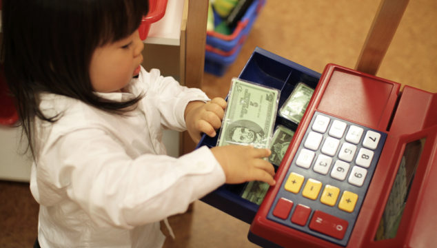Master the Cash Class: Great Money Lessons Your Kids Will Never Forget